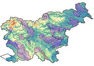 Karta Slovenije z območji ocene poplavne nevarnosti