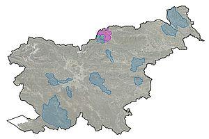 Karta Slovenije z vrisanimi območji dopolnjenih podatkov o oceni poplavne nevarnosti